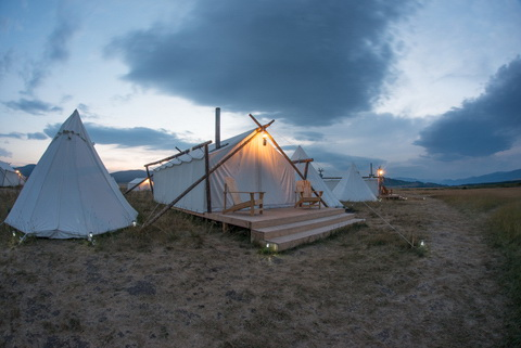 Guest Post ~ Yellowstone Under Canvas « Glamper   An