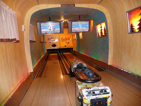 airstream-bowling-alley