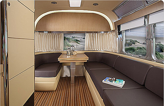 land-yacht-interior